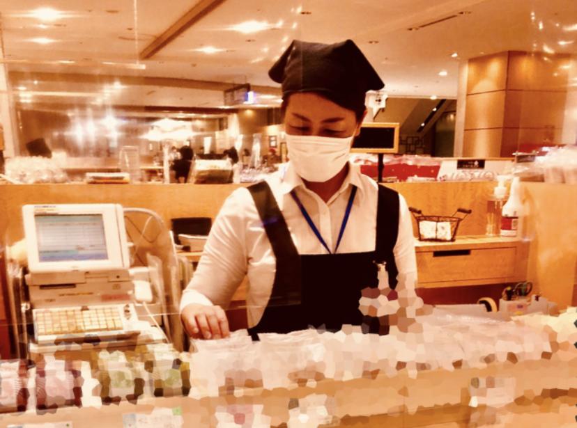 福岡市内の百貨店での食品販売のお仕事募集!